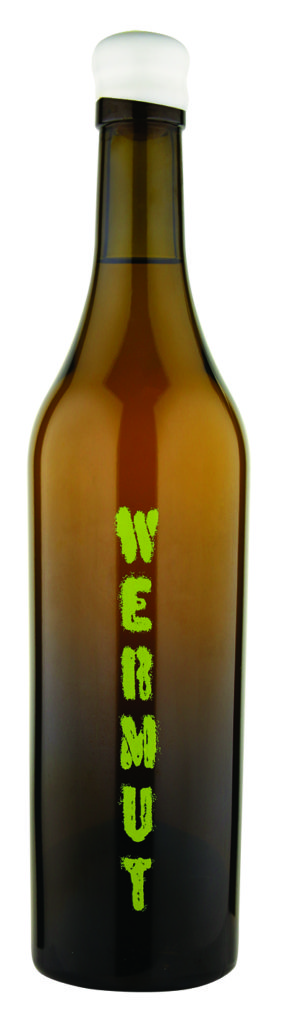 JC's Own Wermut screen printed bottle shot